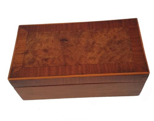 Good Walnut and Burr Walnut Veneered Box