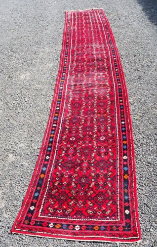 5 Metre Long Eastern Hamadan Runner