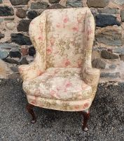 Early 18th Cent. Queen Anne Walnut Wing Chair