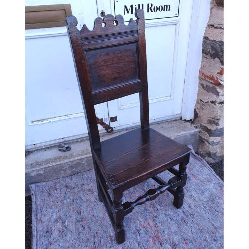 Good 17th Century Oak Hall Chair